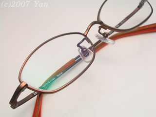 Zoffで買ったメガネ[PowerShot A70]