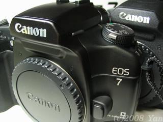 EOS7の外装[PowerShot A70]