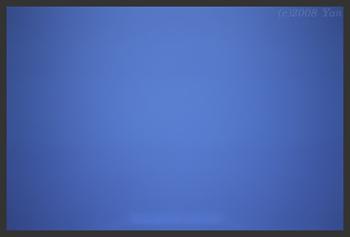白い帯の実例写真[KLASSE S, F8.0, 1/350,MF Inf., RDP III]