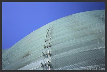 国立新美術館[KLASSE S, F11, 1/180, TREBI 100C]