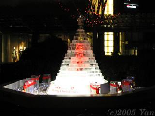 氷のクリスマス・ツリー